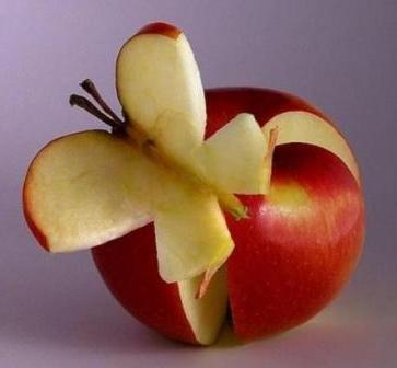 Карвинг бабочка из яблока